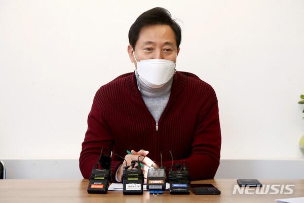 """오세훈 전 서울시장 """"v(파일) 논란 유감으로 생각한다"""""""